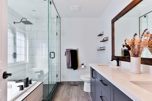 Des moyens simples pour tirer le meilleur parti de votre salle de bains