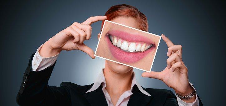 Prévention de la gingivite : 7 causes les plus courantes